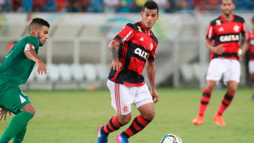 Miguel Trauco será titular con Flamengo ante Resende