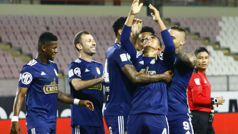 Liga1 Movistar: Sporting Cristal se impuso 2-1 en la final de ida ante Universitario (VIDEO)