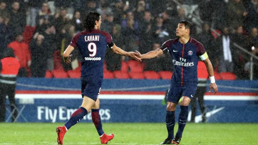 PSG confirma las salidas de Edinson Cavani y Thiago Silva