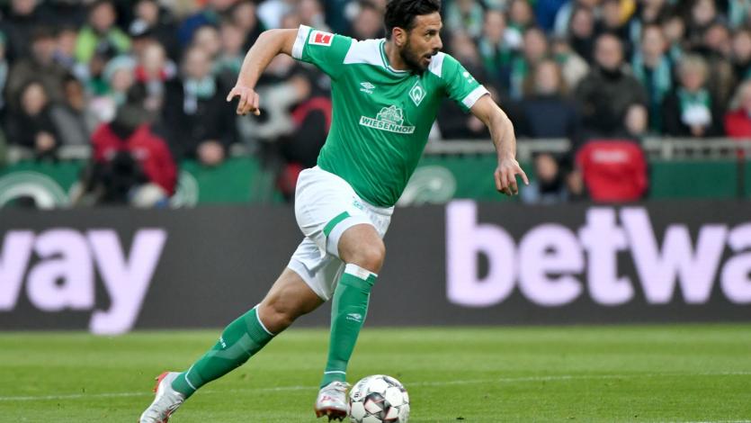Bundesliga: Claudio Pizarro y el Werder Bremen jugarán dos partidos más por la permanencia