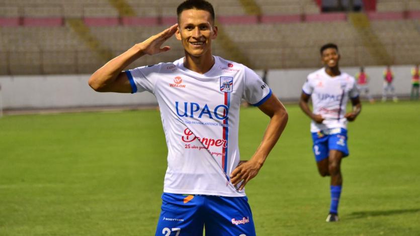 Carlos A. Mannucci: Rely Fernández renovó hasta 2022 con el cuadro 'Tricolor'