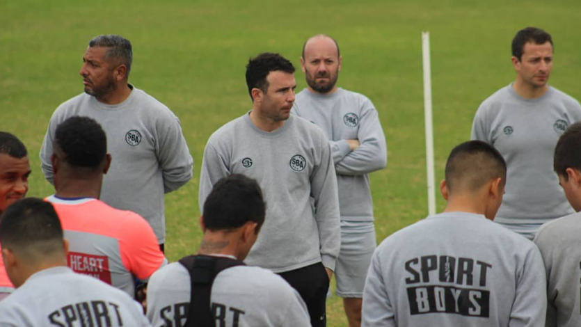 Manuel Fernández dejó de ser técnico de Sport Boys