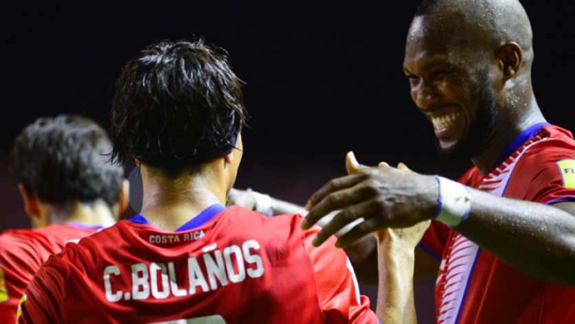 Costa Rica clasifica al Mundial en el último minuto