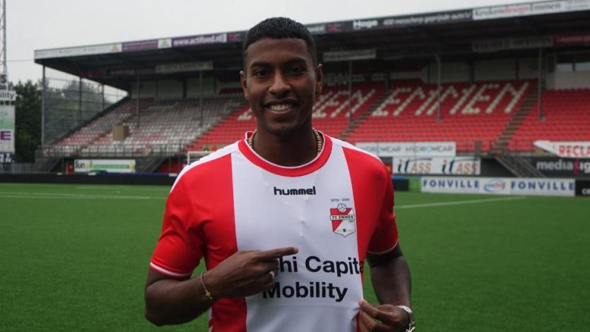 Miguel Araujo sumó sus primeros minutos con la reserva del FC Emmen