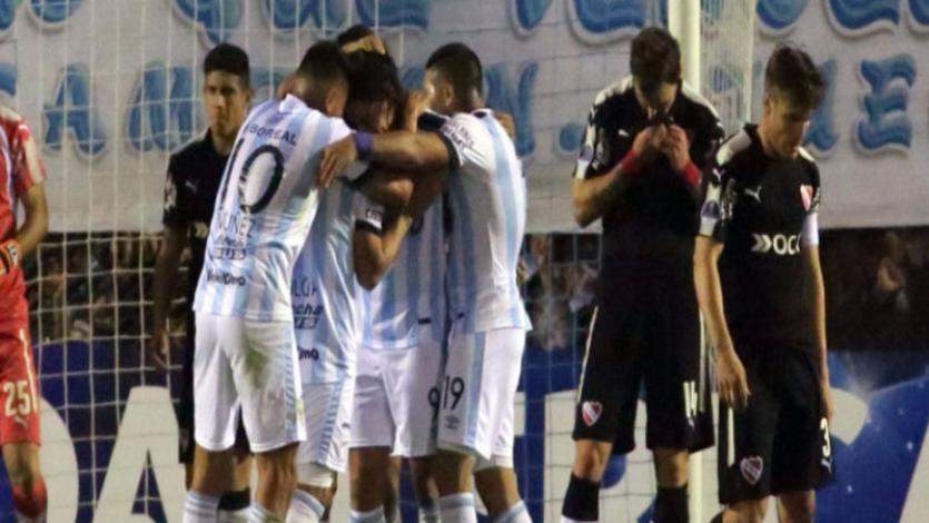 Atlético Tucumán saca ventaja ante Independiente