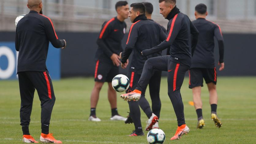Chile entrenó por última vez previo al duelo ante Perú