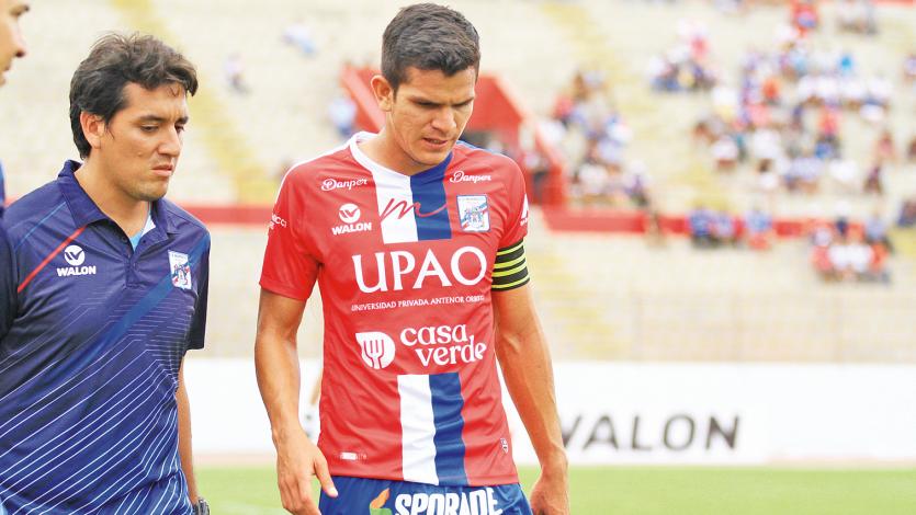 Carlos A. Mannucci: Osnar Noronha sufrió un desgarro en el muslo izquierdo