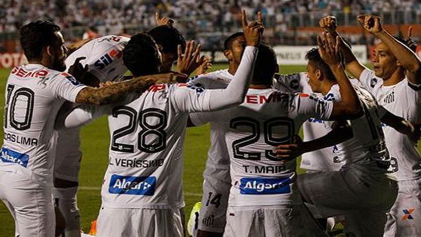 Santos avanza en la Copa Libertadores