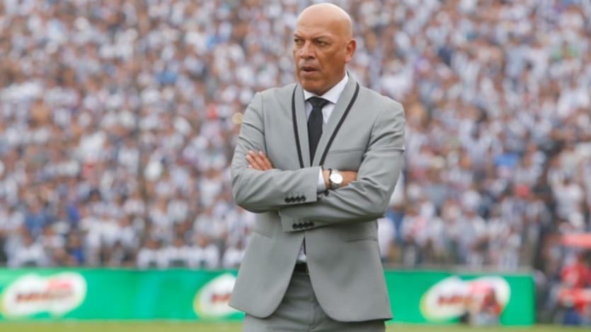 Roberto Mosquera fue confirmado como nuevo técnico de Sporting Cristal