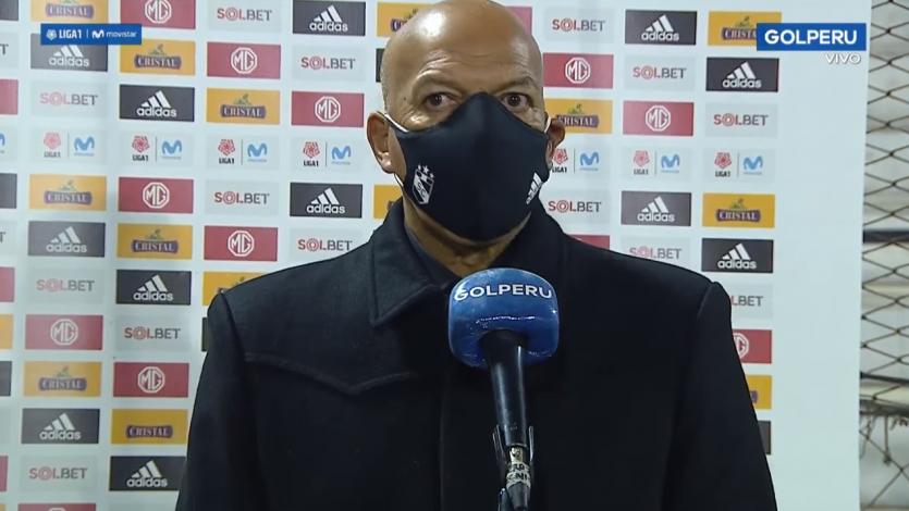 """Roberto Mosquera: """"El equipo jugó muy bien. Tuvimos al rival contra su arco"""" (VIDEO)"""