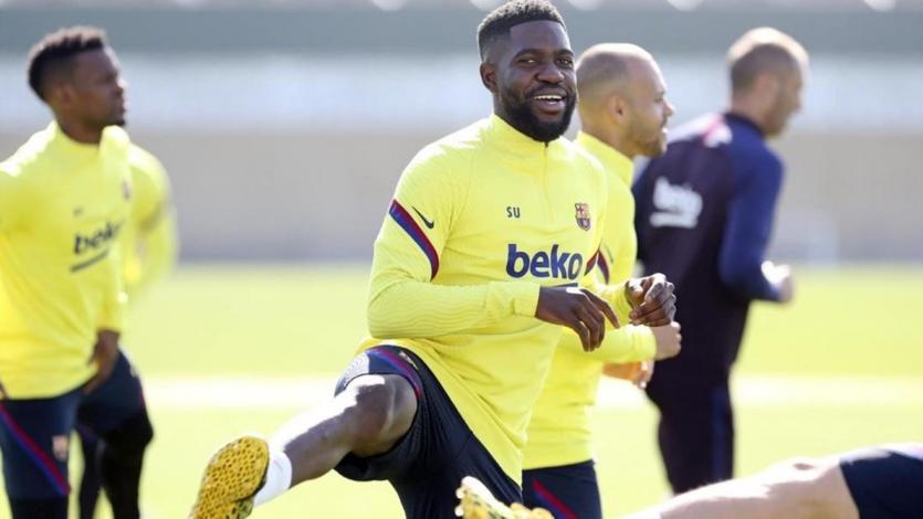 Barcelona: Samuel Umtiti, lesionado hace tres semanas, volvió a los entrenamientos