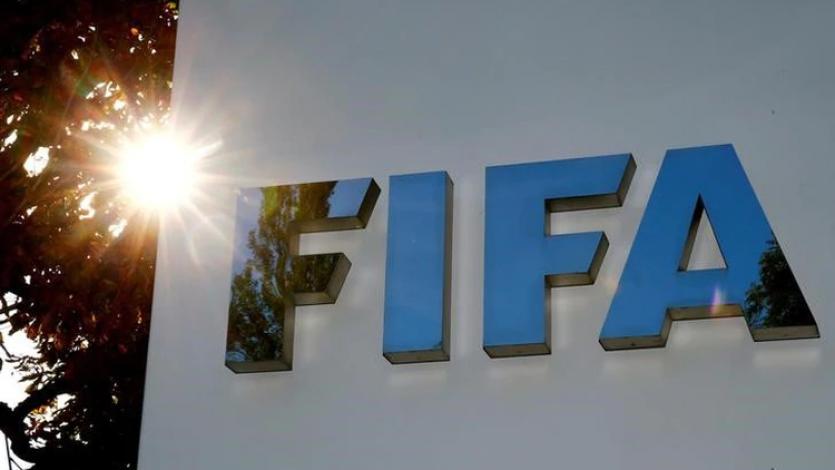FIFA sugiere suspender el fútbol internacional hasta mayo