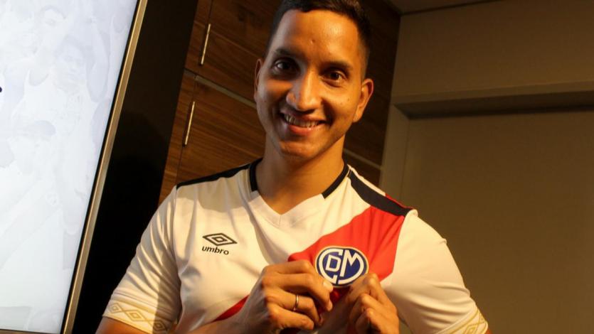"""Jean Pierre Archimbaud: """"He decidido renovar un año más con Deportivo Municipal"""""""