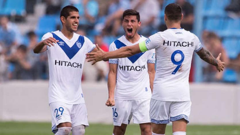 Con Luis Abram, Vélez superó 2-0 a Atlético Tucumán