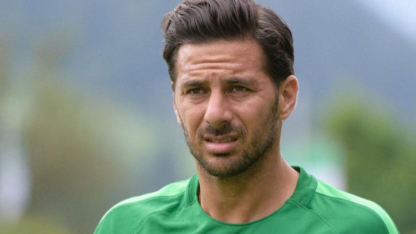 OFICIAL: Claudio Pizarro no continuará en el Werder Bremen