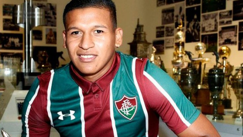 Fernando Pacheco fue 'bautizado' por los jugadores del Fluminense (VIDEO)