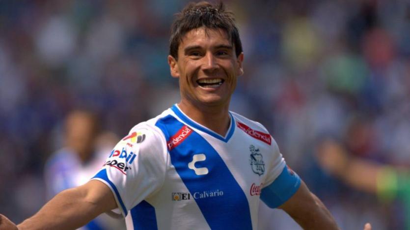 Juan Reynoso y los 6 futbolistas