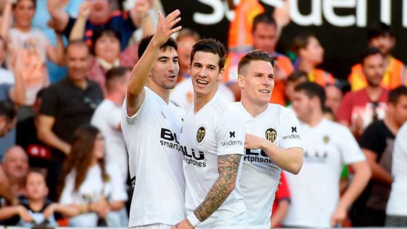 Valencia supera al Alavés y se mete en la 'Zona Champions'