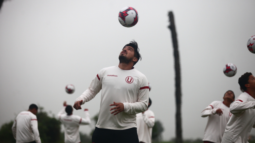 Universitario se fortalece a doble turno en Campo Mar U