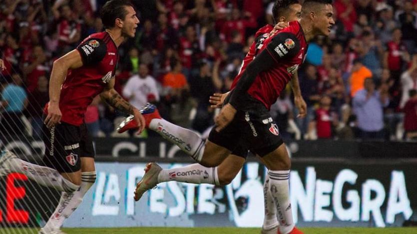 Anderson Santamaría figura en en el once ideal de la Liga MX
