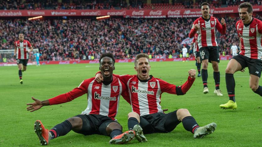 Athletic BIlbao supera al Sevilla 2-0 y deja la zona del descenso