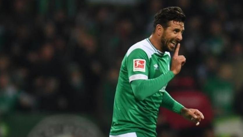 Bundesliga: Claudio Pizarro en el once ideal de fichajes