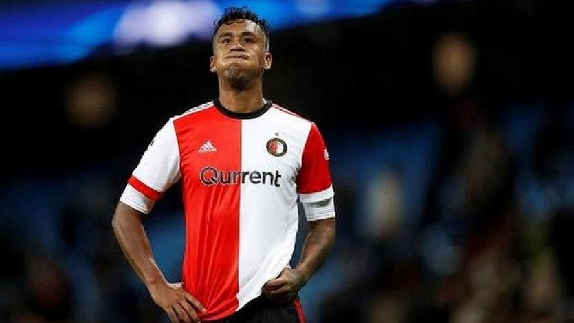 Con Renato Tapia en el banco, el Feyenoord regresó al triunfo