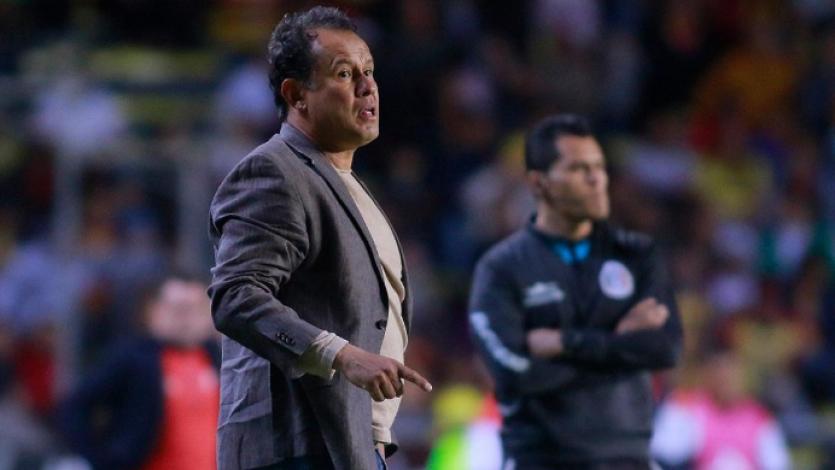 Juan Reynoso y su molestia con el VAR en la Liga MX: