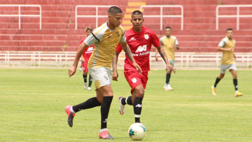 FBC Melgar y Deportivo Binacional se midieron en dos partidos de práctica (FOTOS)