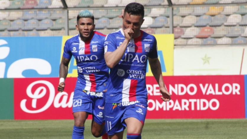 """Javier Núñez: """"Anotar un gol en un triunfo que tanto necesitábamos es muy bonito"""""""