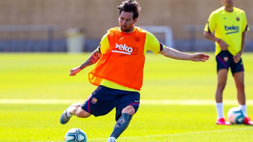 Barcelona inició una nueva semana de entrenamiento en grupos de 14 jugadores (VIDEO)