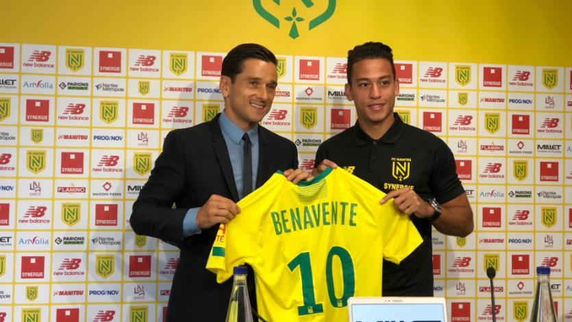 Cristian Benavente fue presentado como nuevo jugador del Nantes