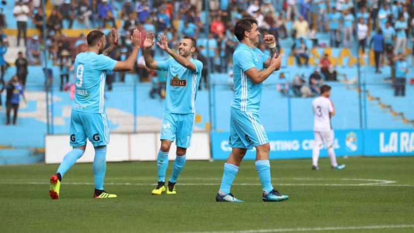 Sporting Cristal superó a San Martín y es líder parcialmente