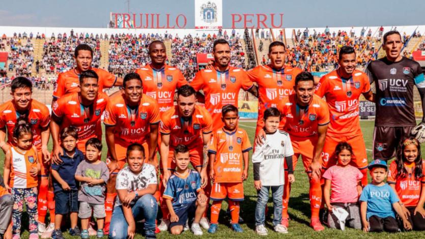 César Vallejo superó 2-0 a Juan Aurich y jugará la final de segunda