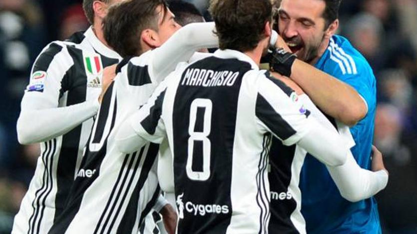 Juventus goleó al Crotone y se mantiene en la pelea por la Serie A