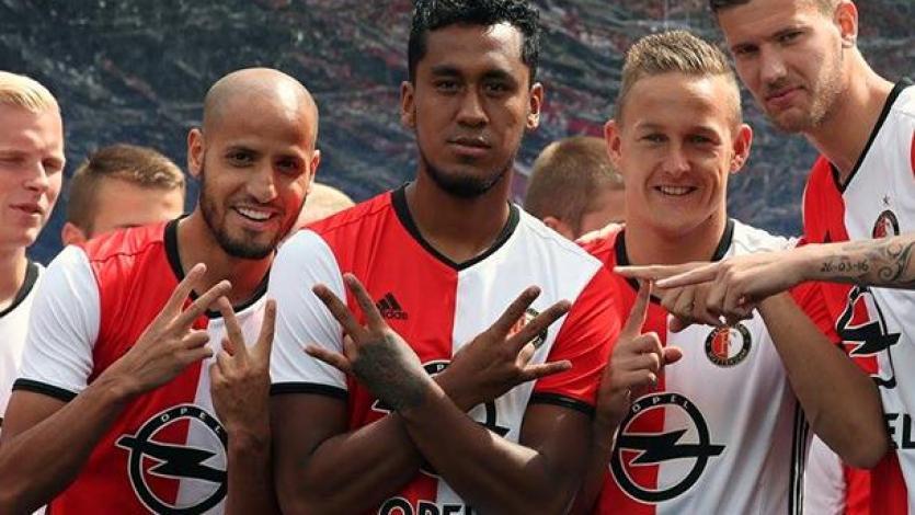 Feyenoord: Renato Tapia vuelve a la acción después de un mes y medio
