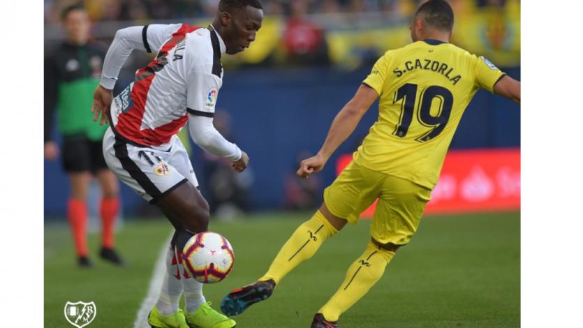 Con Luis Advíncula, Rayo Vallecano cayó 3-1 ante Villarreal
