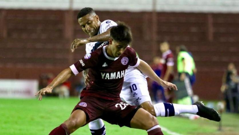Alexi Gómez y Luis Abram vieron acción en el inicio de la fecha en Argentina