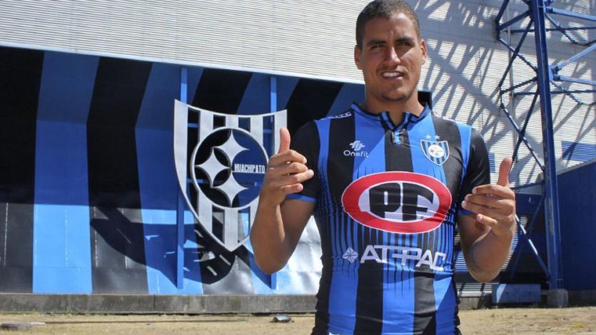 Alexander Succar fue presentado oficialmente por Huachipato: