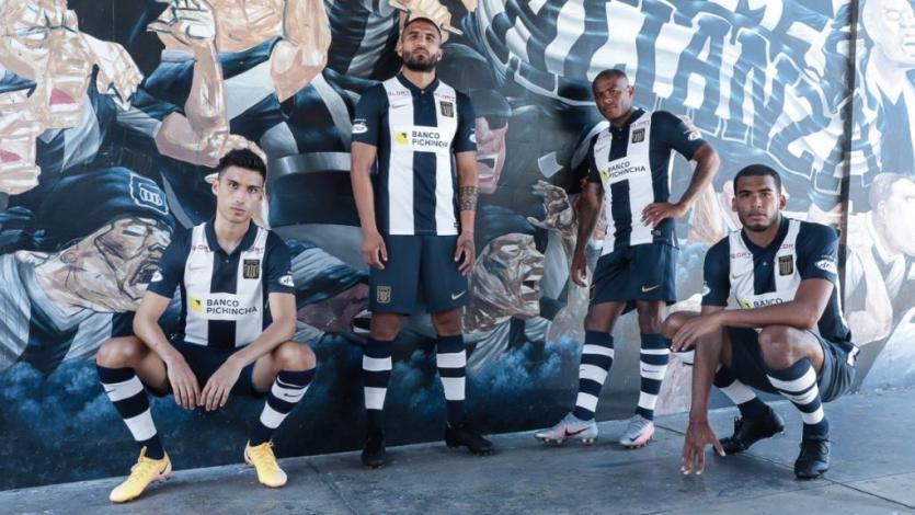 Liga2: Alianza Lima presentó su indumentaria 2021