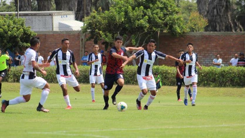 Torneo de Reservas: Alianza Lima venció 2-0 a Deportivo Municipal y llegó a la punta (FOTOS)