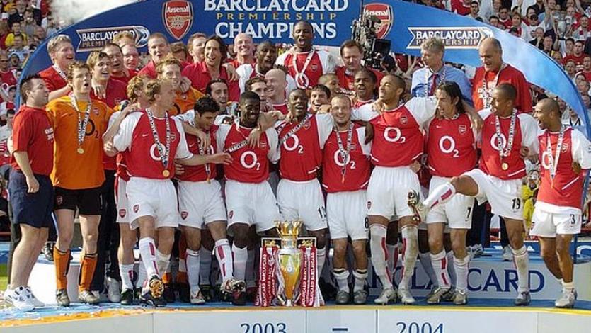 Premier League: un día como hoy, el Arsenal se alzó como campeón invicto (VIDEO)