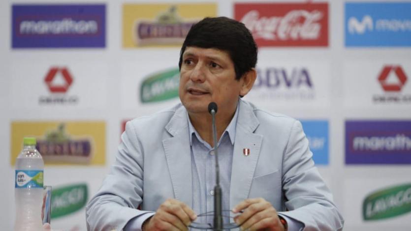 Asamblea confirma a Agustín Lozano como presidente de la FPF