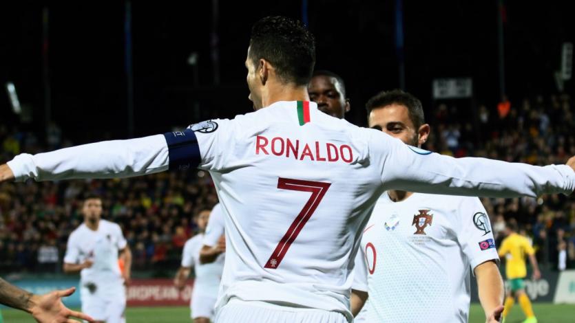 Cristiano Ronaldo marca cuatro goles en un nuevo triunfo de Portugal