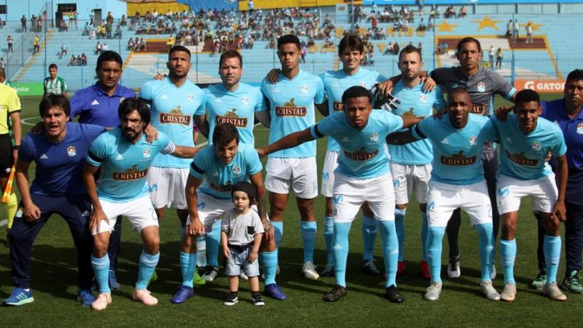Cristal presentó la lista de convocados para la primera final de la Copa Movistar
