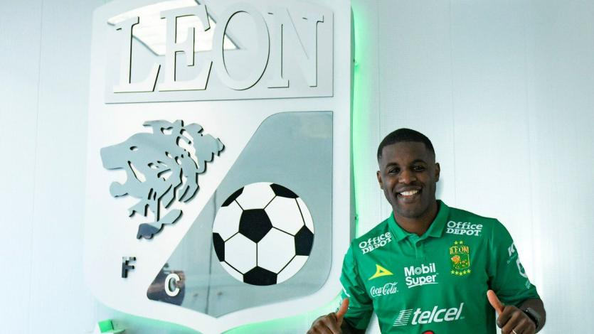 OFICIAL: Joel Campbell es el nuevo delantero del León