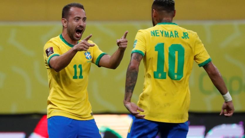 Eliminatorias Sudamericanas: Everton Ribeiro anotó el primero de Brasil tras un error en salida de Perú (VIDEO)