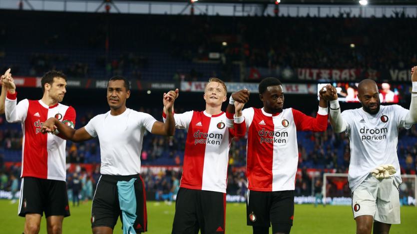 Con Renato Tapia, Feyenoord goleó 5-1 al Twente