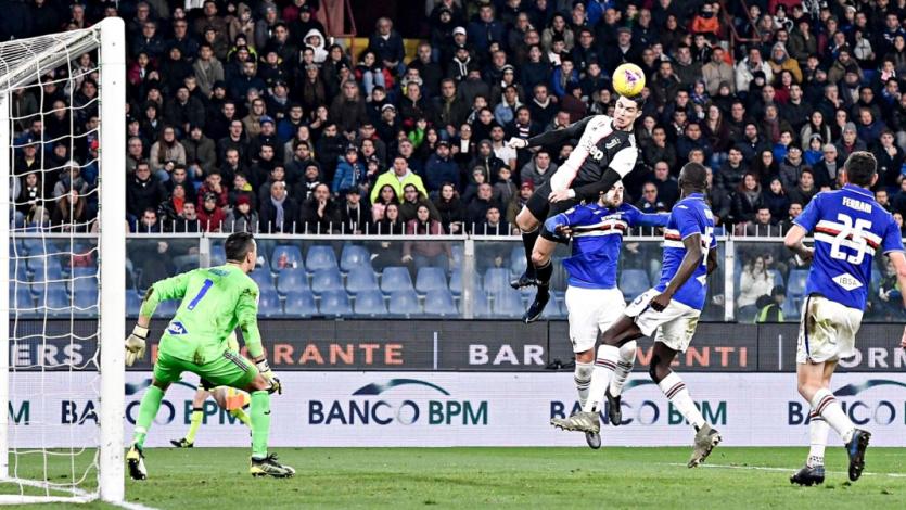 Cristiano Ronaldo y el acrobático salto que hizo para marcar un golazo de cabeza (VIDEO)