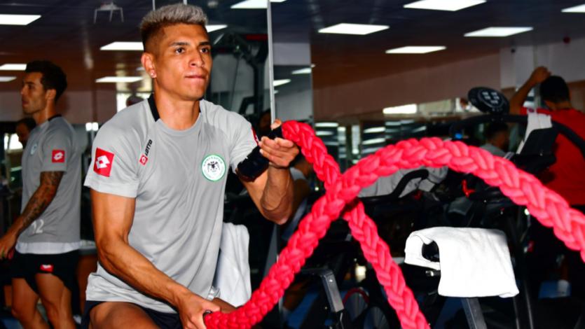 Paolo Hurtado volvió a los entrenamientos con el Konyaspor luego de tres meses